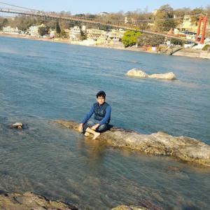 Himanshu Bisht | StoryMirror
