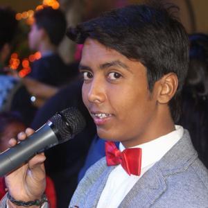 Anchor Naveen Vaya
